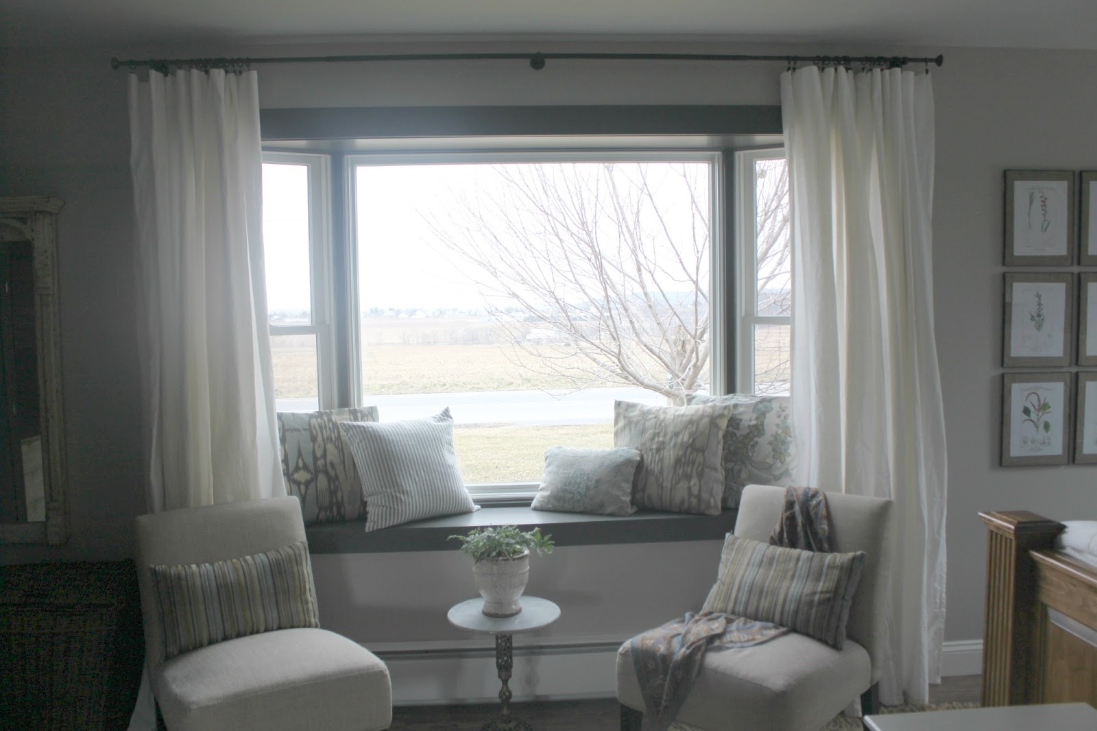 Maple leaves sycamore trees master bedroom details - Window seat bay window ...