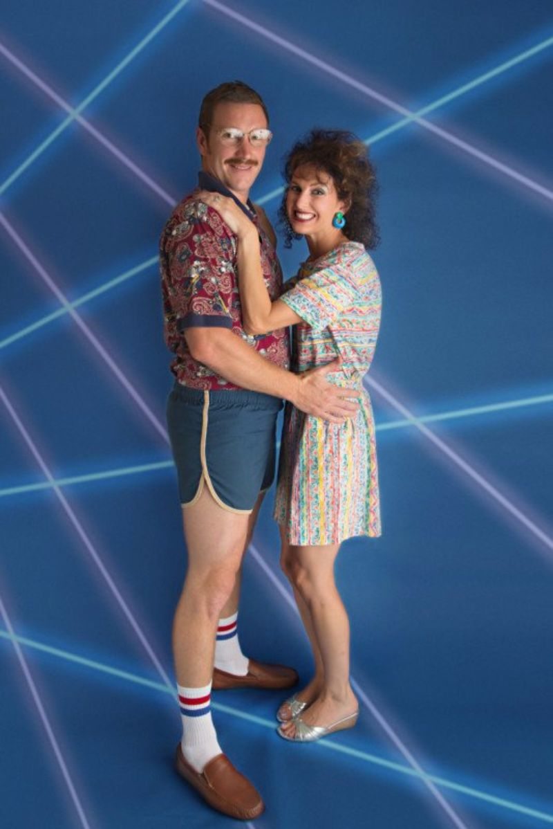 This Couple Did a Rad 80s Themed Photoshoot to Celebrate Their 10th Wedding Anniversary