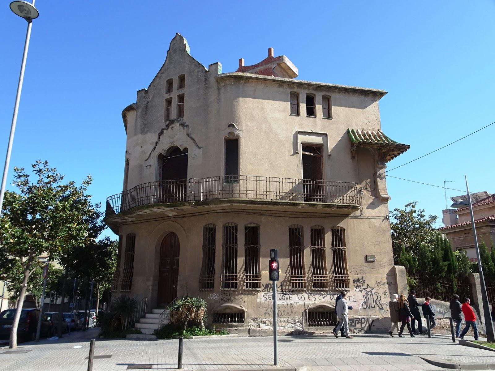 Redescubriendo barcelona y m s all 02 04 2017 badalona - Casa jardin badalona ...