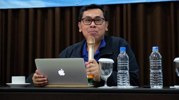 Yustinus Prastowo Tantang Rizal Ramli Debat soal Utang RI