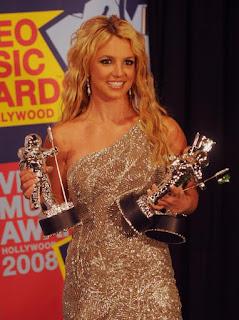 Luta contra transtorno bipolar - a volta por cima no VMA 2008