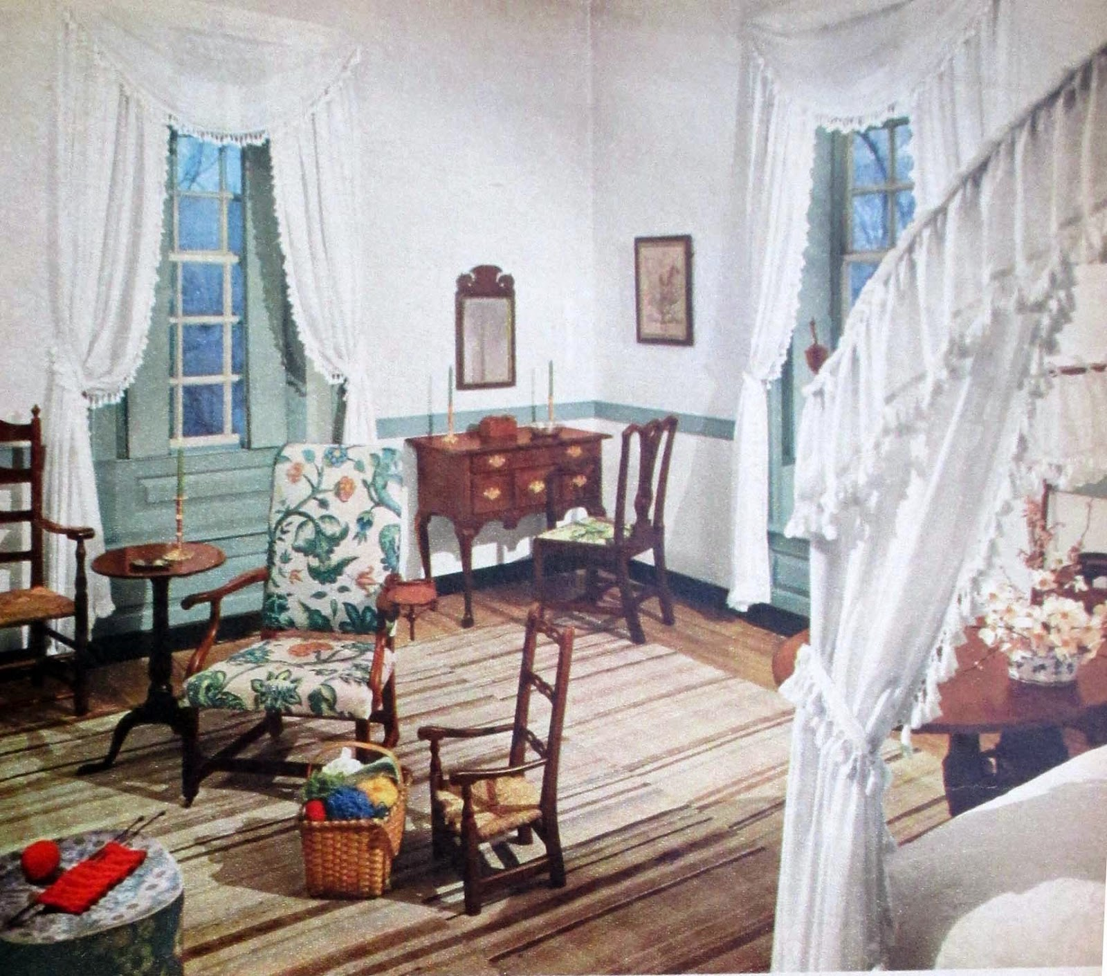 The Literate Quilter: Decorating Ideas From Colonial