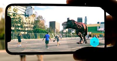 Pengertian AR Augmented Reality, Perbedaan Virtual Reality dan Augmented Reality