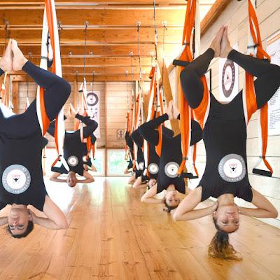 aero-yoga-pilates-directo-desde-chile-fin-de-curso-teacher-training-aerial-aerien-fly-flying-santiago-valparaiso-punta-arenas-vina-mar-profesorado-certificacion-acreditacion-cursos-clases-escuelas-negocios-formacion-profesores-international