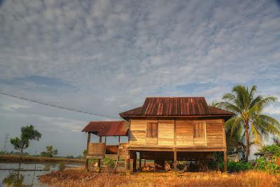 2 Jenis Bisnes Depan Rumah Yang Mudah, Rumah Kampung