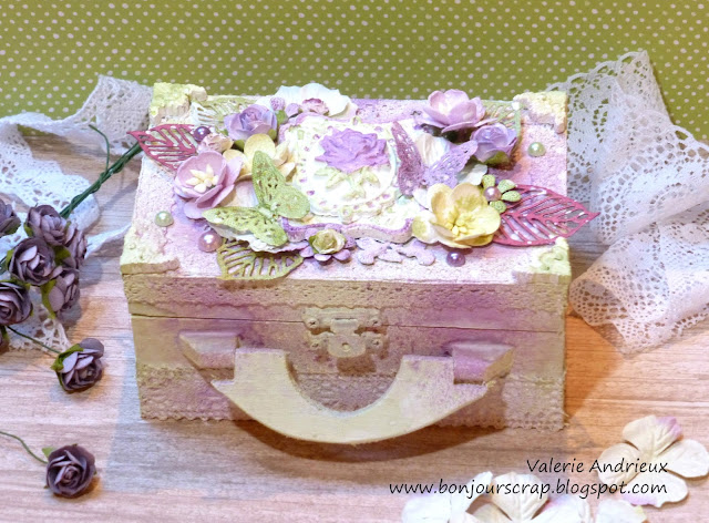 shabby chich mixed media wood box with Art Anthology paints and Prima Marketing flowers