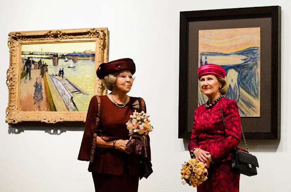 Princess Beatrix of The Netherlands and Queen Sonja of Norway attend the opening of the exhibition 'Munch : Van Gogh' at the Van Gogh Museum in Amsterdam
