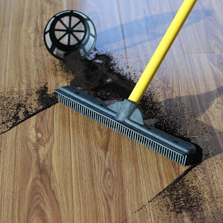Evriholder Furemover Broom with Squeegee made from 100% Rubber, Multi-Surface and Pet Hair Removal,  Extends from 3 ft. to 6 ft.