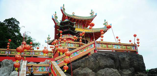 klentheng-singkawang-wisata