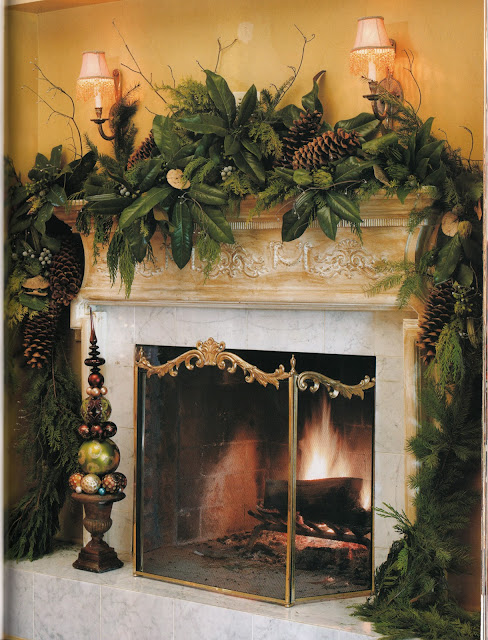 Beautiful Christmas Decorated Living Rooms Picture Window: The Pink Pagoda: Beautiful Holiday Mantels