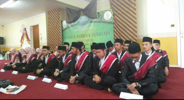 Wisuda Akbar Perdana, Rumah Syariah Wisuda 28 Anggotanya