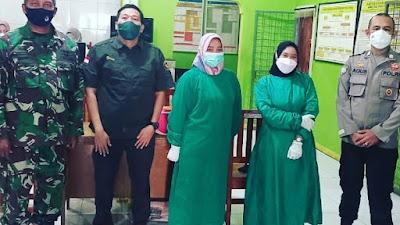 Pemdes Kampung Melayu Barat Gandeng Polsek Teluknaga  Gelar Vaksin Merdeka