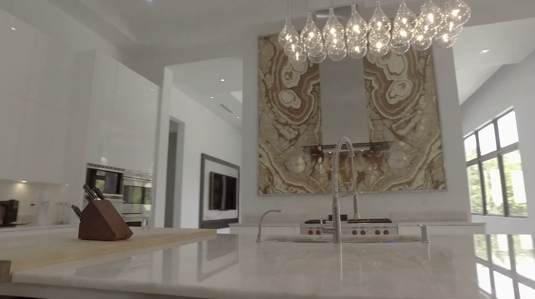 39 Interior Design Photos vs. 5801 Moss Ranch Rd, Pinecrest, FL Luxury Mansion Tour