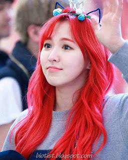 Red Velvet Wendy Cute Photos With Red Hairstyle