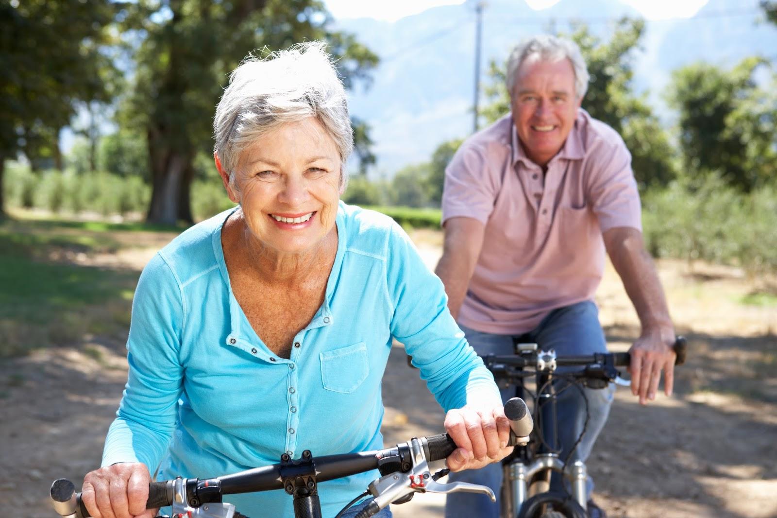 Older couple enjoying a bike ride