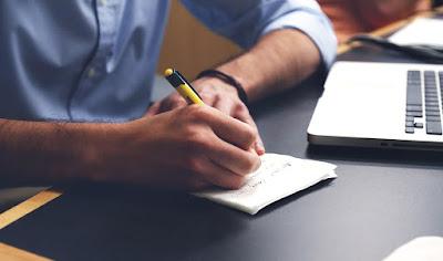 9 Sumber Wangsit Menulis Artikel Yang Menyegarkan Pikiran Anda