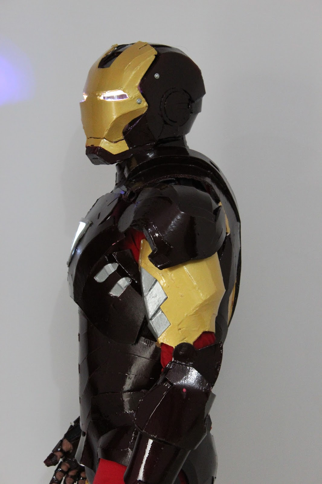 Tuesday 16 February 2016 & Vinay Tankoliya: Iron man Suit Mark VI ( Mark - 6 )