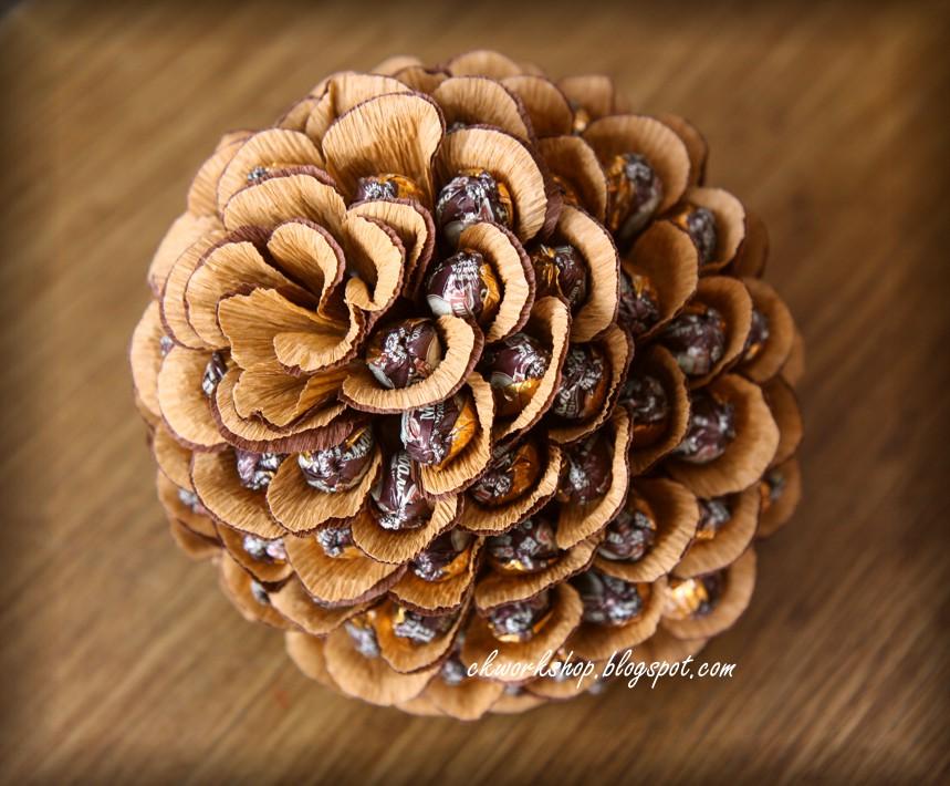 Шишка из конфет мастер класс пошагово #8