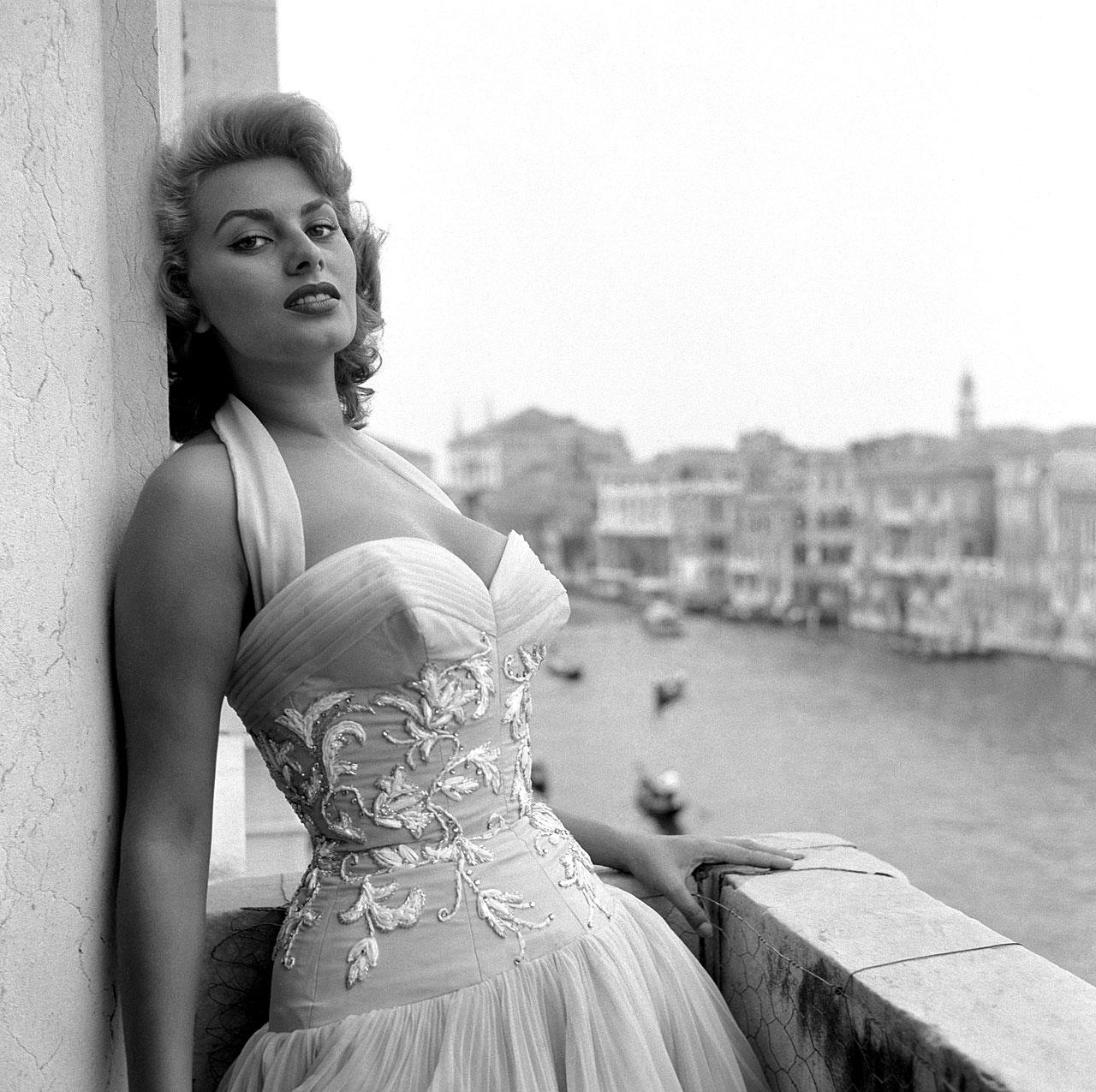 Vintage Sexy Women Pics
