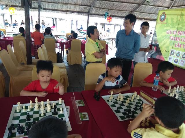 Làm thế nào để chơi cờ vua giỏi hơn?