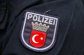 Полицейские в Дортмунде говорят по-турецки