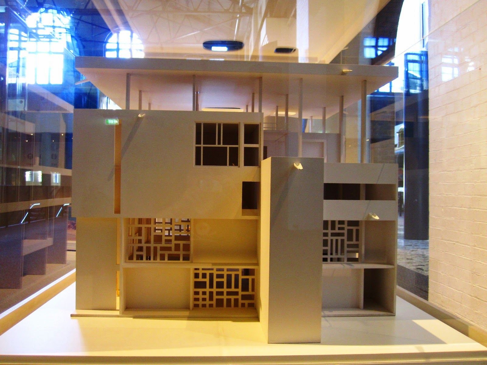 Rear view of a model of Le Corbusier's Villa Shodhan.