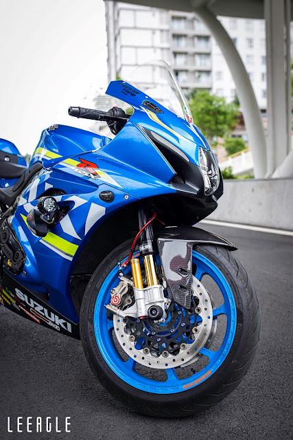 dan-do-choi-khung-xe-do-suzuki-gsx-r1000-cua-biker-sai-gon