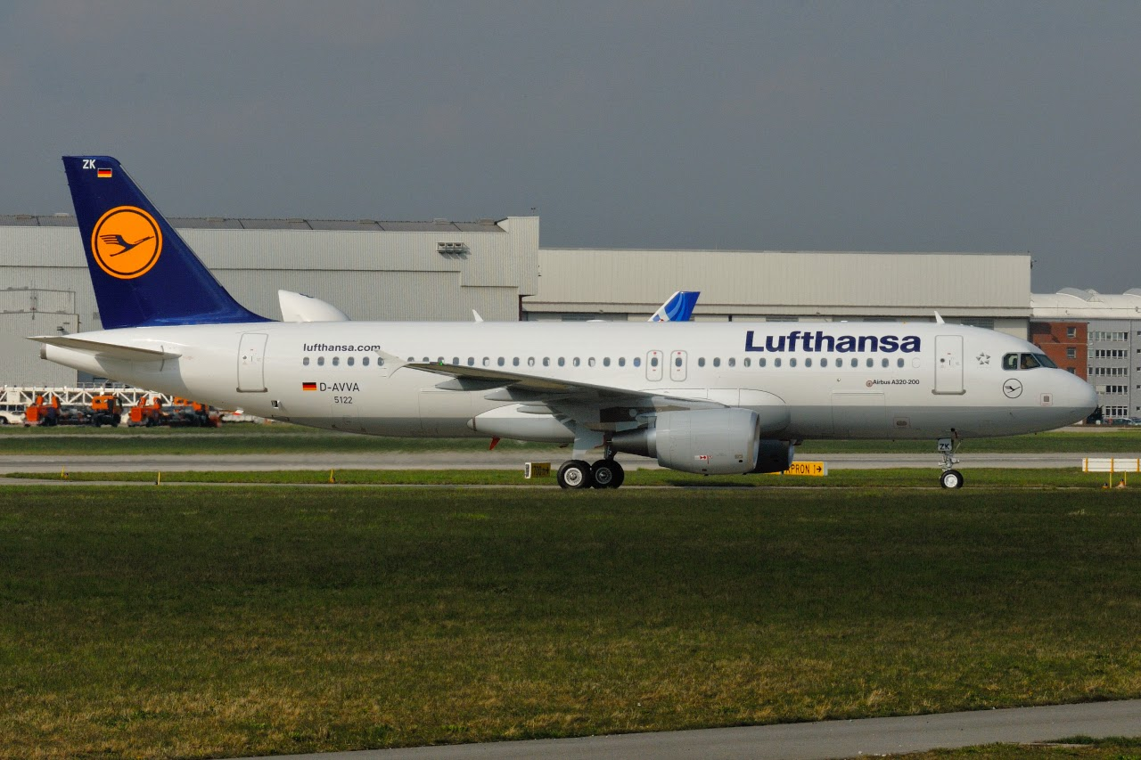 Lufthansa completes takeover of Austrian Airlines