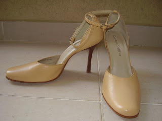 7831daa03 We love shoes! Troca de sapatos.: Junho 2011