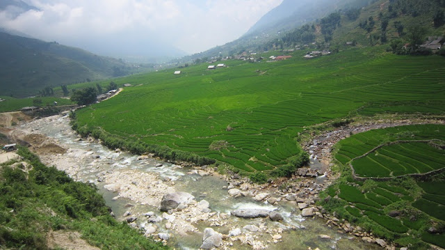 Best Sapa Homestay Tour by Bus 2