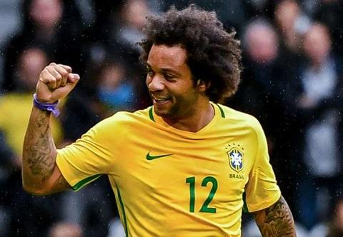 Marcelo từ một cậu bé đá bóng trên bãi biển trở thành cầu thủ xuất sắc
