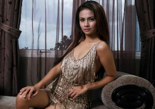 Vanessa Angel Artis Paling Eksotis Indonesia  Foto