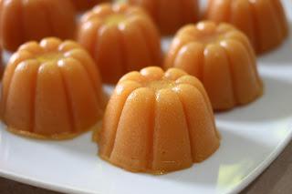 Membuat Kue Tradisional Dengan Buah Pepaya