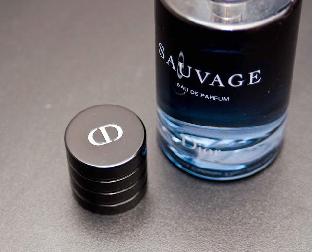 oryginał, a podróbka perfum Dior Sauvage jak rozpoznać