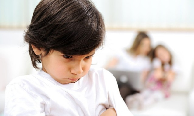 Τι να κάνετε όταν το παιδί δε συμπαθεί τα παιδιά των φίλων σας