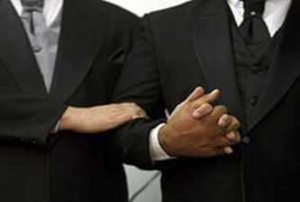 Matrimonio gay en una iglesia