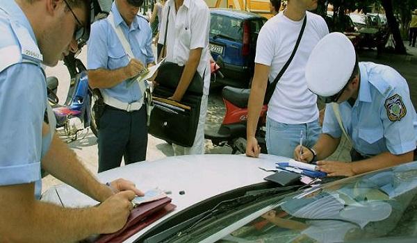 Επιβεβλημένη η άμεση αναθεώρηση προς τα κάτω προστίμων του ΚΟΚ και η απλοποίηση των διαδικασιών αδειών οδήγησης