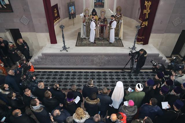Karekin II consagra la 42 iglesia armenia en Rusia