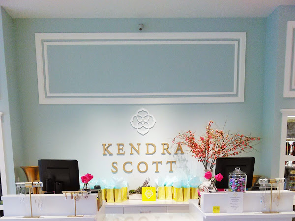 Kendra Scott + Dallas Blogger Collective Shopping Party