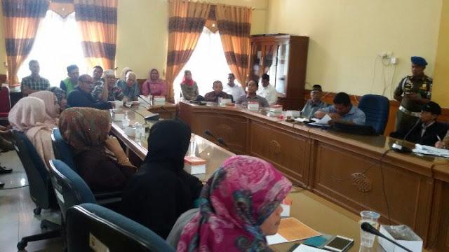 Hamdani Tuding Oknum LSM Lakukan Pemerasan Terkait Pembangunan Pasar Pariaman