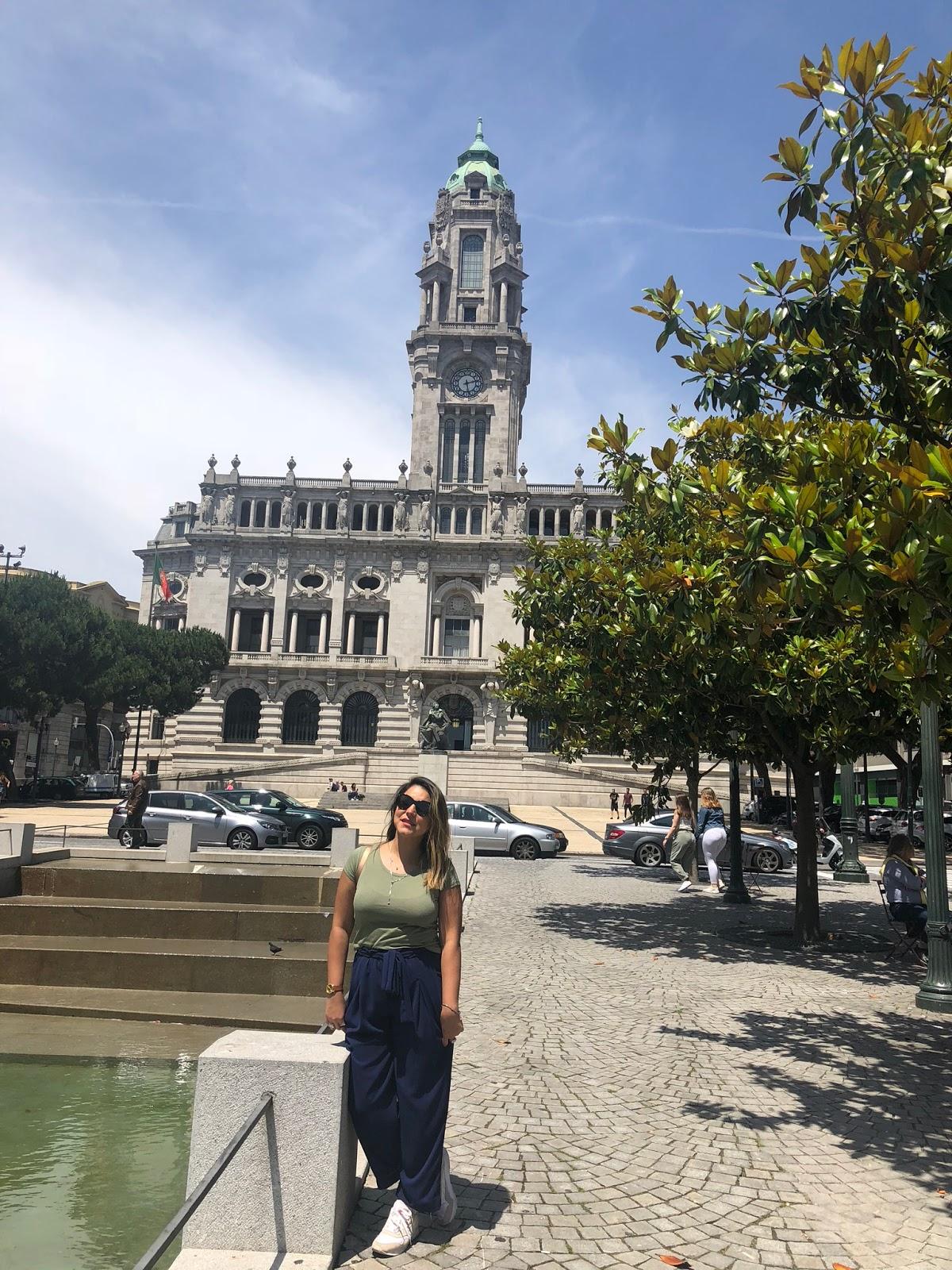 Passeio em Coimbra, visita na vinícola Sandeman e passeio de barco em Porto, Portugal