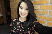 Foto Terbaru Rosiana Dewi