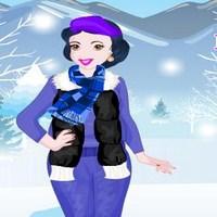 6688f95568264 لعبة ماكياج وتلبيس الاميرة ازياء الشتاء للحوامل – العاب بنات