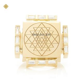 Nhẫn vàng đính kim cương thiết kế kiểu hình học