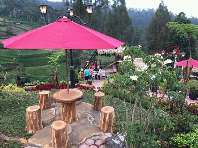 Tempat-tempat makan yang nyaman dan instagrammable di Resort Mbah Djoe