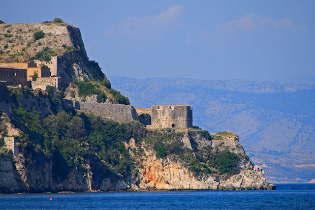 Old Fort. View from the sea to the south. Corfu. Corfu. Greece. Старая крепость. Вид с юга с моря. Керкира. Корфу. Греция.