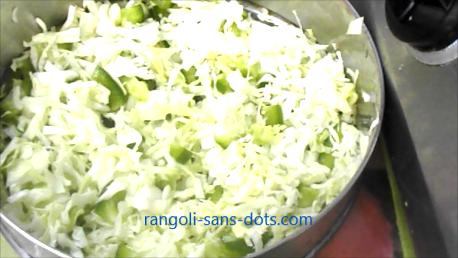 capsicum-cabbage-pakkoda-221a.jpg