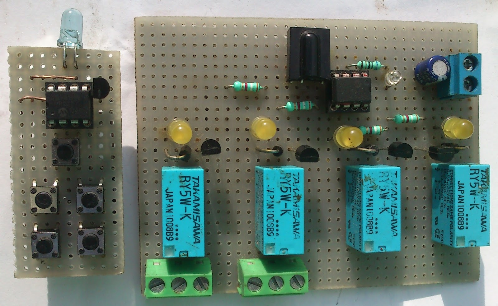 nec protocol ir infrared remote control with a microcontroller [ 1600 x 984 Pixel ]