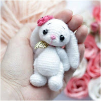 http://amigurumislandia.blogspot.com.ar/2018/11/amigurumi-conejito-mini-amigurumi-today.html