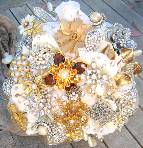 Platinum Touch Events: Day 10: Heirloom Jewelry Bouquets